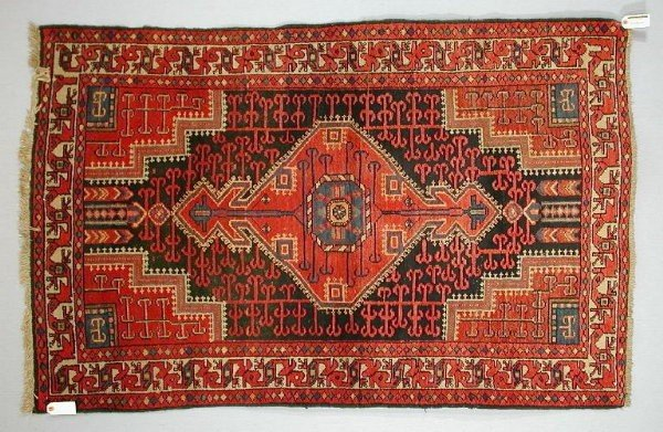 Malayer1930 WoolleyWallis32 600x391 - Woolley & Wallis Rugs, Carpets and Textiles auction 14 February 2002