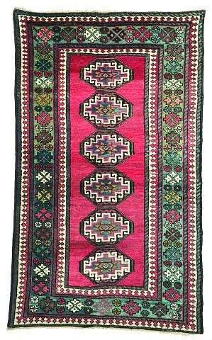Kazak 1h19ct. Lot 105 ©Nagel