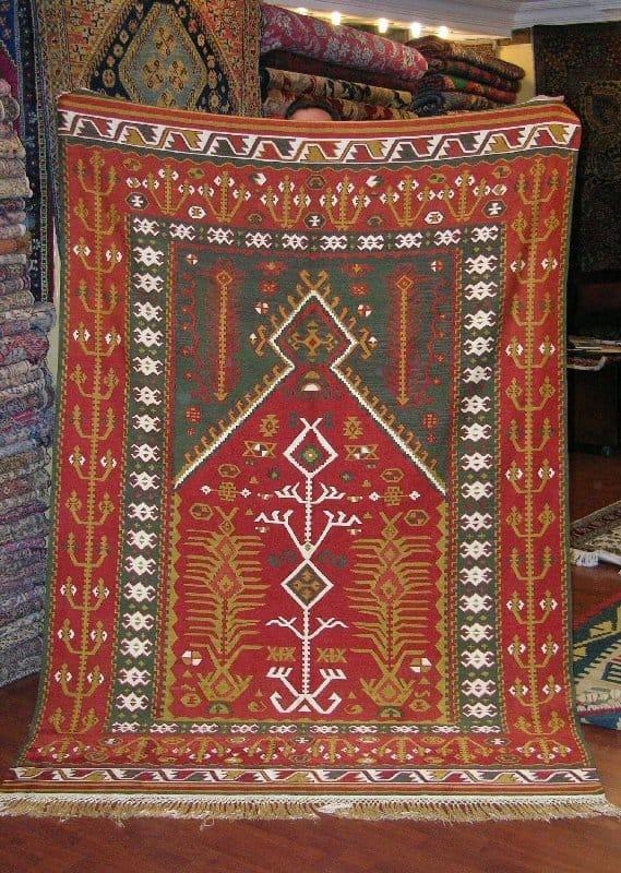 Silk kilim (Yurdan)