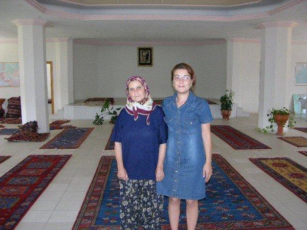 Digdem Geral (right) – The DOBAG Cooperative, S.S. Süleymanköy Tarimsal Kalkinma Kooperatifi