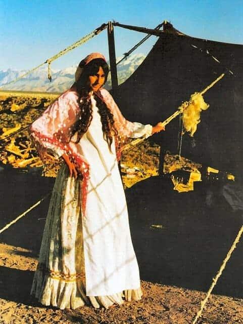 13 KIANA quasqai woman - Tribal bags of South Persia - synopsis of ACOR talk by Ann Nicholas and Richard Blumenthal