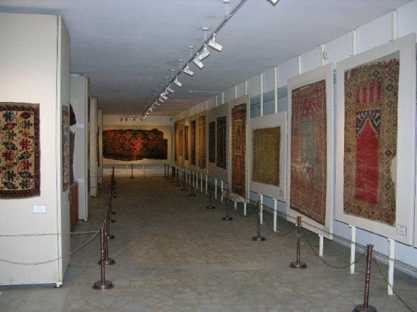 Konya E M 600x450 - Impressions from Konya - rugs and museums