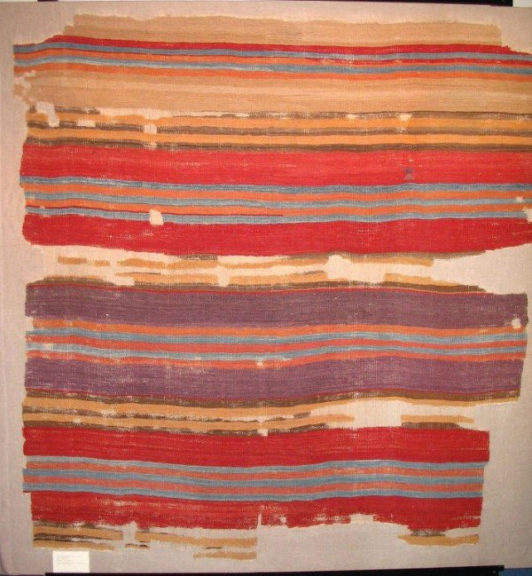 image00031 600x649 - Josephine Powel show of rural flatweaves by Raoul Tschebull