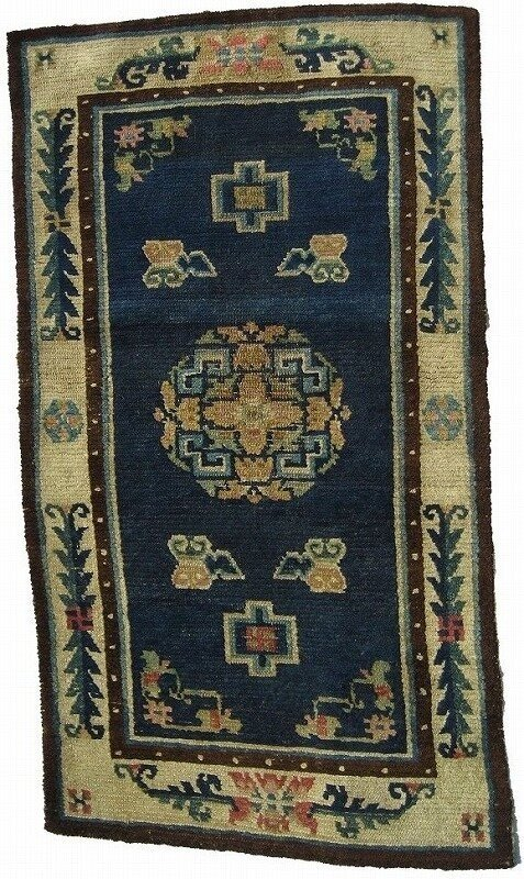 Tr10 W 70cm x L 126cm1 477x800 - Antique Tibetan rugs by Mike Petras