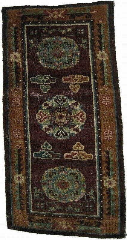 Tr20 W 68cm x L 138cm1 425x800 - Antique Tibetan rugs by Mike Petras