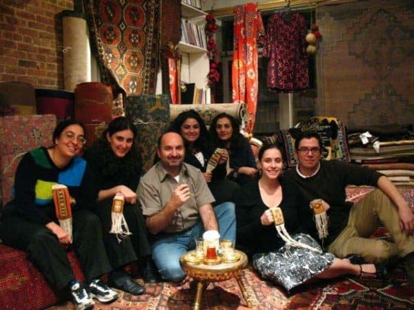 Group photo 600x450 - Rug Weaving Workshop