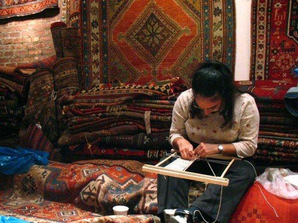 highres 3055399 600x449 - Rug Weaving Workshop