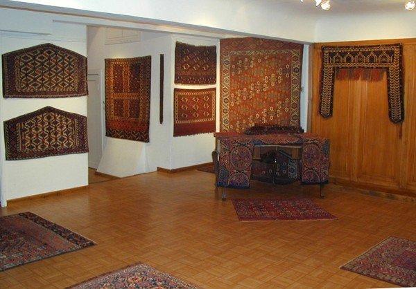 2006 10 4 600x418 - 29th annual meeting German Friends of Turkmen Rugs