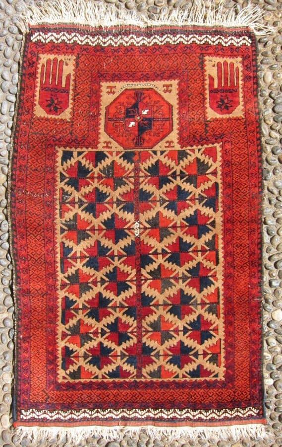 Baluch prayer rug 113 x 71 cm circa 1900 (David Sorgato at Sartirana Textile Show 2010)
