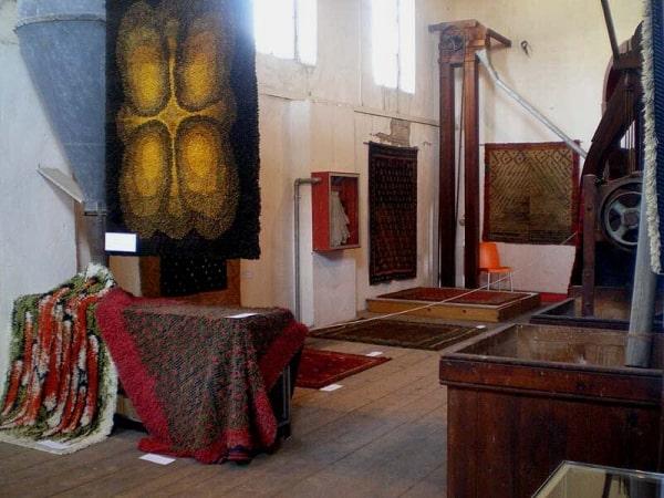 Igor Honkanen's Rya rug exhibition (photo by Alberto Boralevi)
