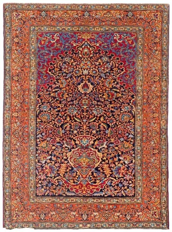 Lot 745, a semi-antique Isfahan 205 x 144 cm. Estimate 900 – 1,100 EUR