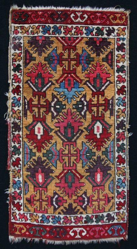 Konya yastık circa 1840. Exhibitor Aydin Oriental Rugs.