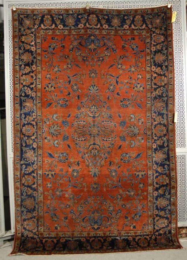 Lot 821, a Manchester Kashan rug, Persia, circa 1925; 6 feet 7 inches x 4 feet 3 inches. Estimate $1,000-2,000
