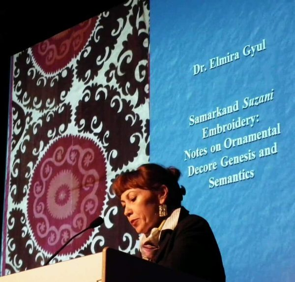 Elmira Gyul held a lecture about Samarkand Suzani Embroidery