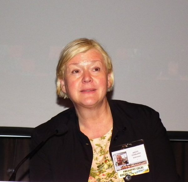 Anette Granlund, the local ICOC chair, was moderator of the first session.