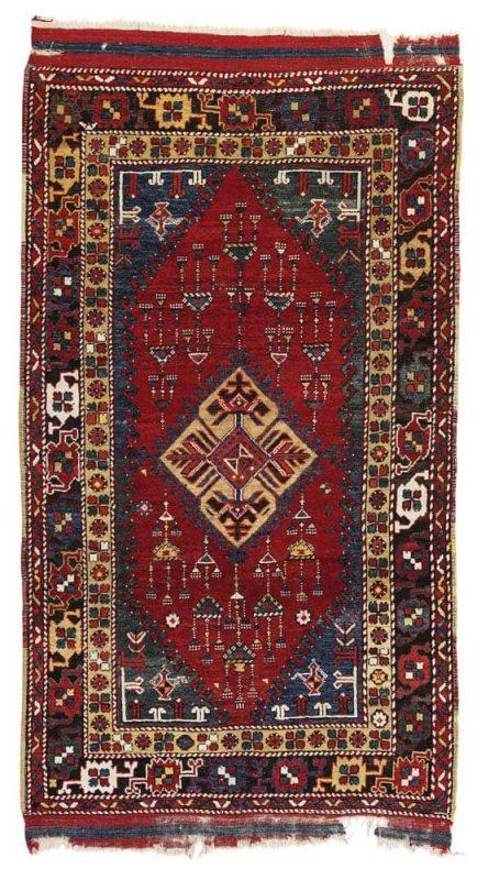 Lot 66, a Dazgiri, South-Western Anatolia, 269 x 152 cm, circa 1800. Estimate 18.000 – 24.000 EUR
