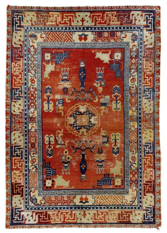 Lot 1423, an antique Chinese rug 140×197 cm. Estimate 580 – 750 EUR
