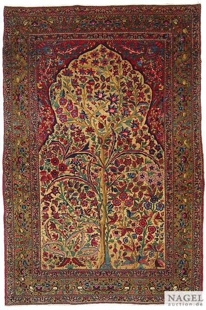 Lot 1, probably Tehran, North Persia, circa 1930. Size 215 x 144 cm. Estimate 3.000 EUR. From a South German Collection.