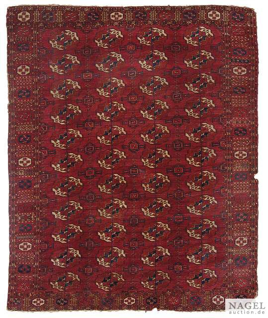 Lot 127, Tekke main carpet, Turkmenistan, mid 19th century. From the Dr. Jonathan Broido Collection. Size 235 x 187 cm. Estimate 1.800 EUR