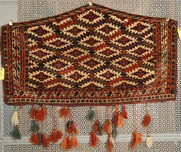666 600x505 - Grogan September auction including rugs