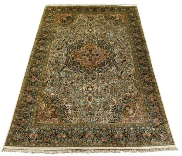 819 600x515 - Freeman's Oriental Rugs & Carpets