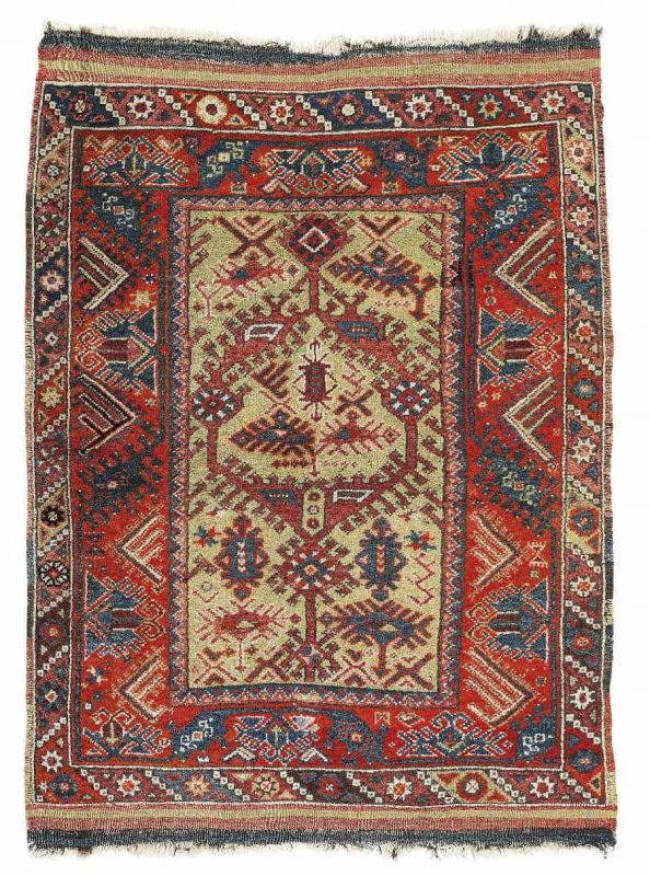 U163 594x800 - Dorotheum Oriental Carpets, Textiles and Tapestries