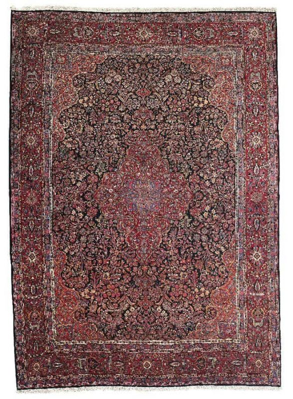 U166 587x800 - Dorotheum Oriental Carpets, Textiles and Tapestries