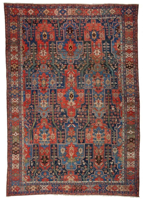Lot 276, a Karaja. Circa 1900. 653 x 443 cm. Condition C/D according to Van Ham. Estimate: 4,500 €