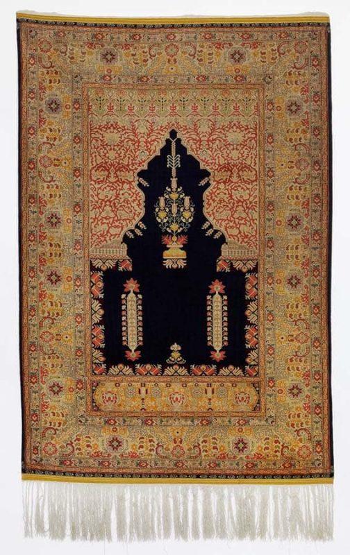 5002 838 504x800 - International auction including carpets in Copenhagen