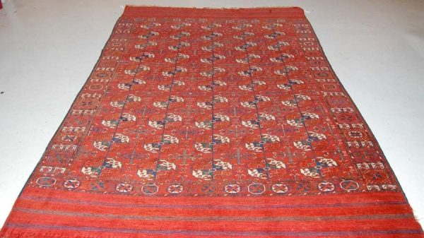 tekke 600x337 - International auction including carpets in Copenhagen