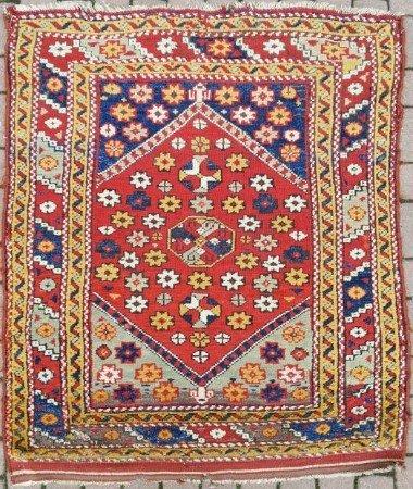 bergama - Antique rug auction 14 September in Oberursel