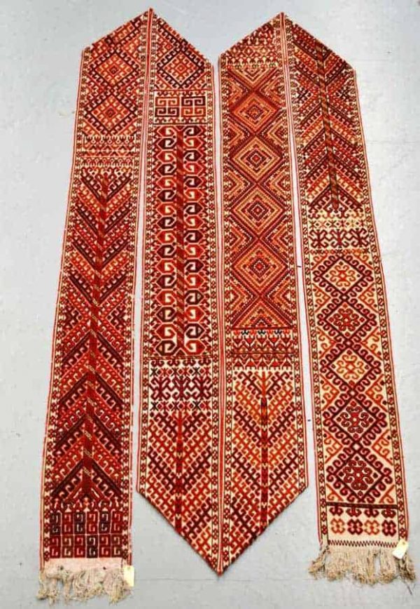 Lot 1963. Ersari Turkmen ak yup (tent band) about 1920-40 35ft.10in. x 1ft.1in.10.92m. x 0.32m. £800-1200