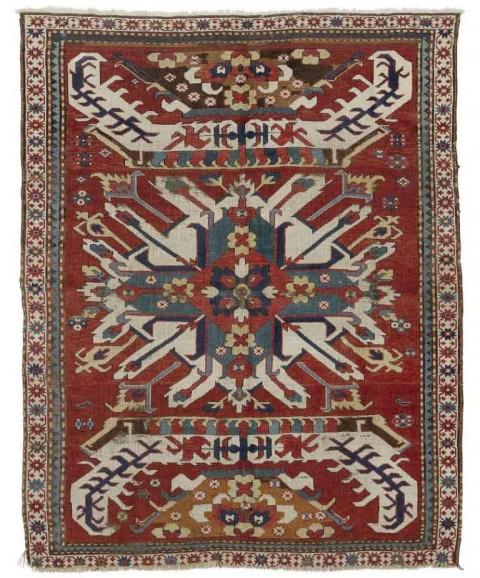 Lot 1845. CHELABERD antique 154x195 cm. € 2 500.- / 3 330.-