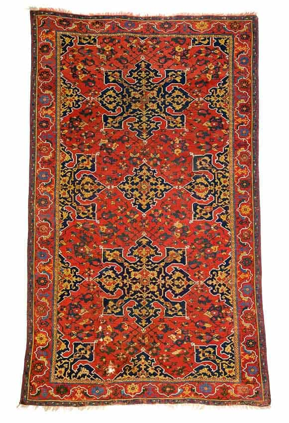 Lot 154. Star Ushak circa 1600. Size 307 x 185 cm / 10ft. 1in. x 6ft. 1in. Estimate € 90.000 -110.000
