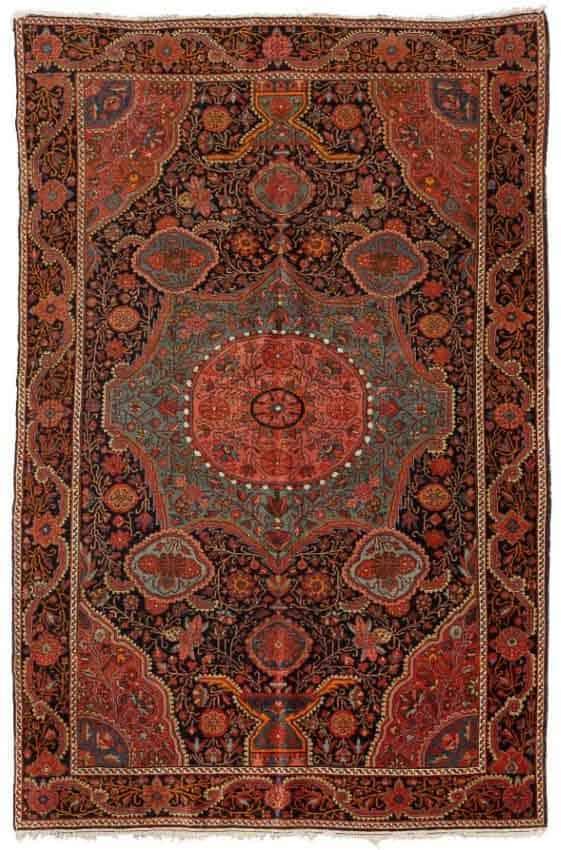 Lot 1618. SARUK FERAGHAN antique, 135x200 cm. € 1 670.- / 2 500.-