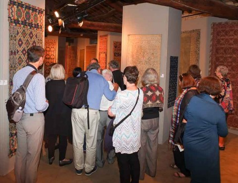 Visit at the special exhibition of Italian peasant rugs