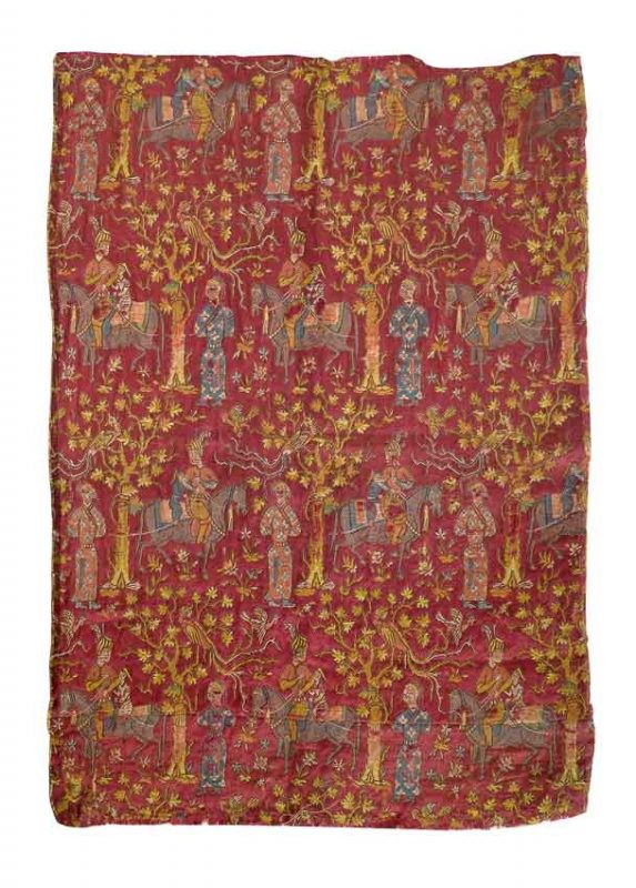 Lot 66: A Safavid silk fabric with metal-wrapped threads, Persia, 16th century 53 x 38 cm, estimate 3.000 €