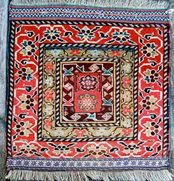 20150303 DSC 0845 600x623 - London Antique Rug and Textile Art Fair begins in less than 6 weeks