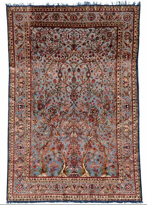 Lot 258. An antique Kashan full silk souf carpet, Persia. Early 20th century. 299 x 201 cm. Estimate € 17,000