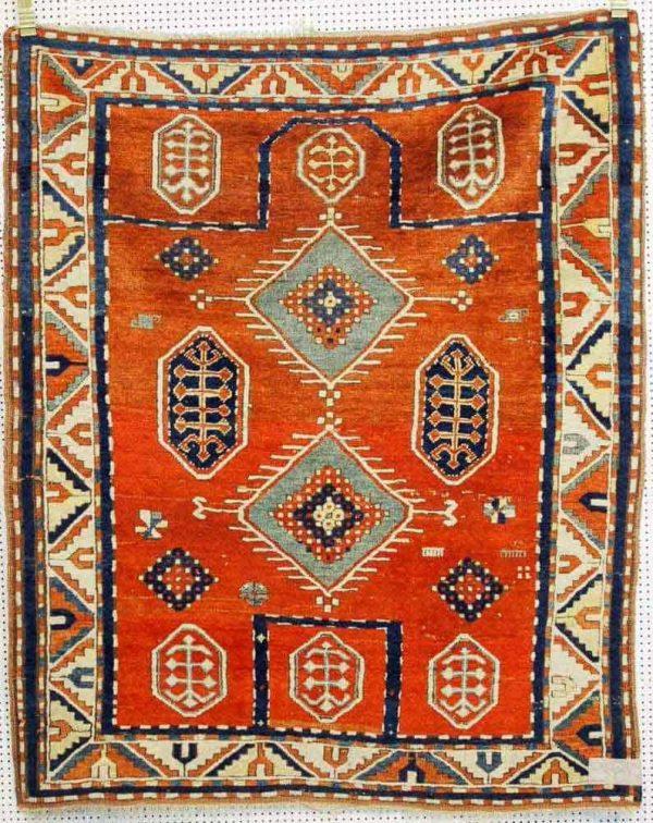 Lot 87. Caucasian Bordjalou, end of 19th century. 160 x 130cm