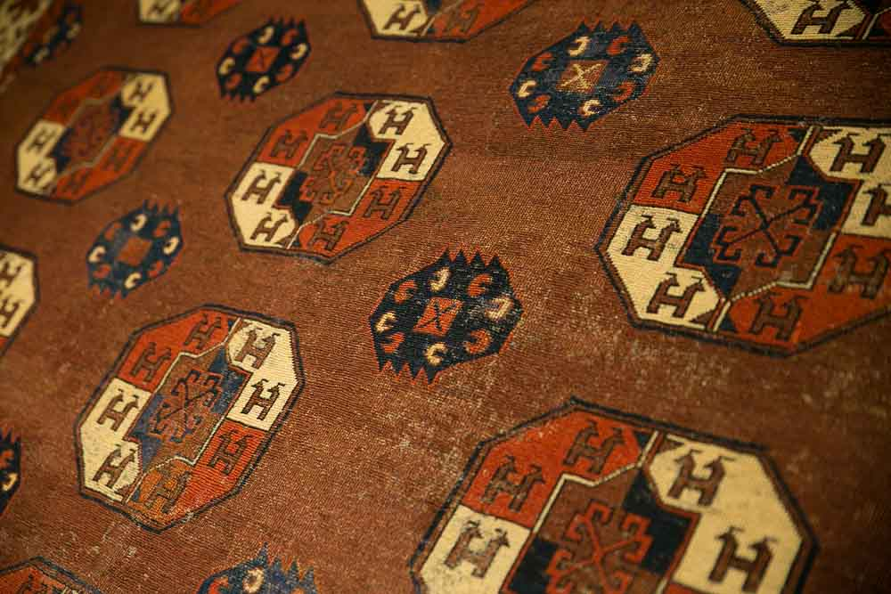 The Turkmen Rugs Exhibition At Sartirana Textile Show Jozan