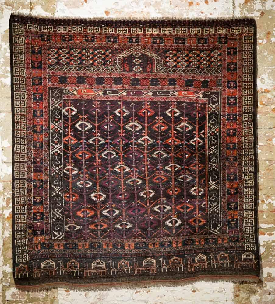 London Antique Rug Textile Art Fair: The Turkmen Rugs Exhibition At Sartirana Textile Show