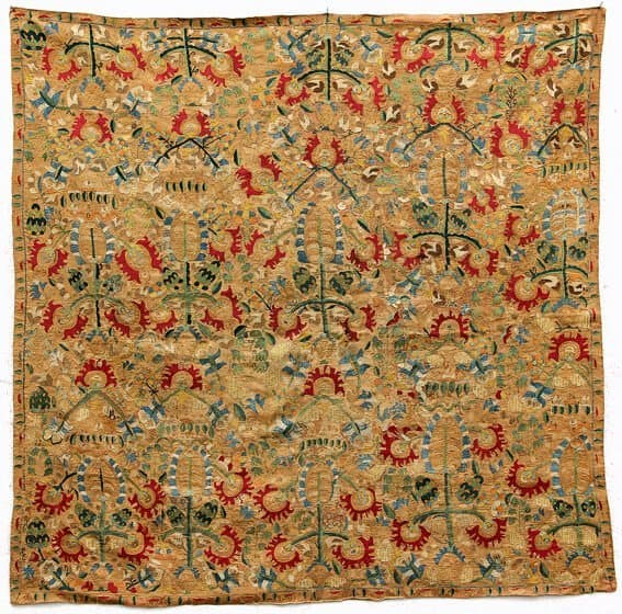 This Greek Textile will be exhibited by Galerie ArabesQue - Greek textiles