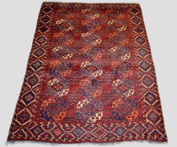362 1 600x499 - Antique rugs at Netherhampton Salerooms