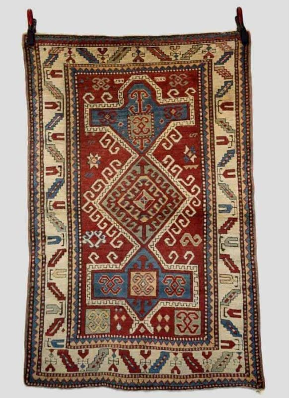 393 582x800 - Antique rugs at Netherhampton Salerooms