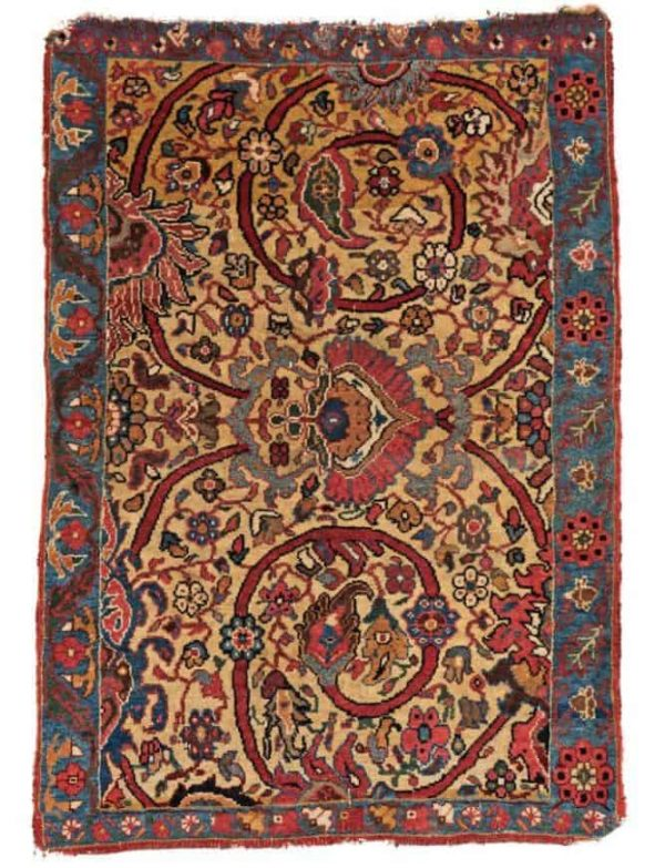 Lot 4. Bidjar 3ft. 0in. x 2ft. 1in. Persia, ca. 1900. Estimate: € 800 - 1200