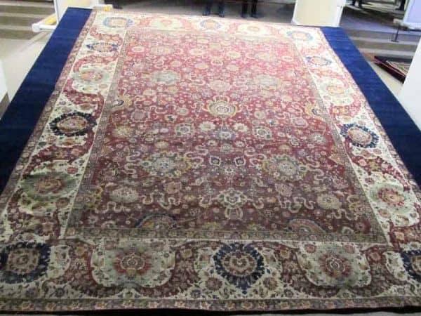IMG 8745 600x450 - Safavid carpets - Iran Carpet Museums 40th anniversary