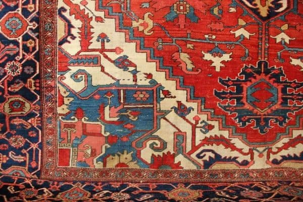 Serapi rug 600x400 - Antique rug fairs in September and October