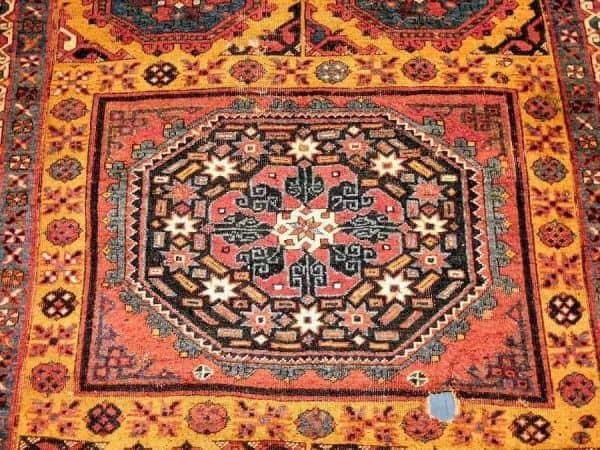 TIEM Bergama17th 600x450 - Bergama rugs