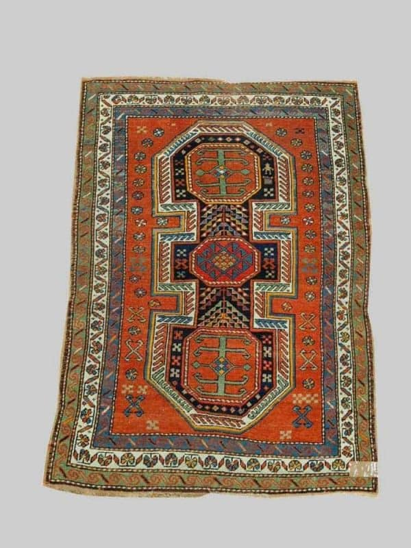 1030Kazak 600x800 - Old and antique rugs at Auktionshaus Dr. Eder